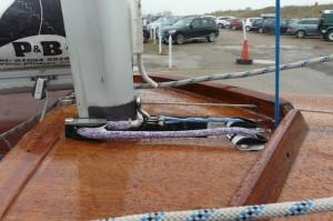 Flying fifteen mast ram left