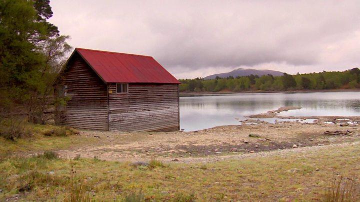 Loch Varr boathouse