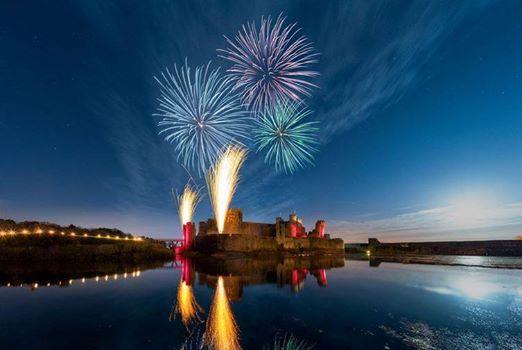 Caerphilly castle firworks